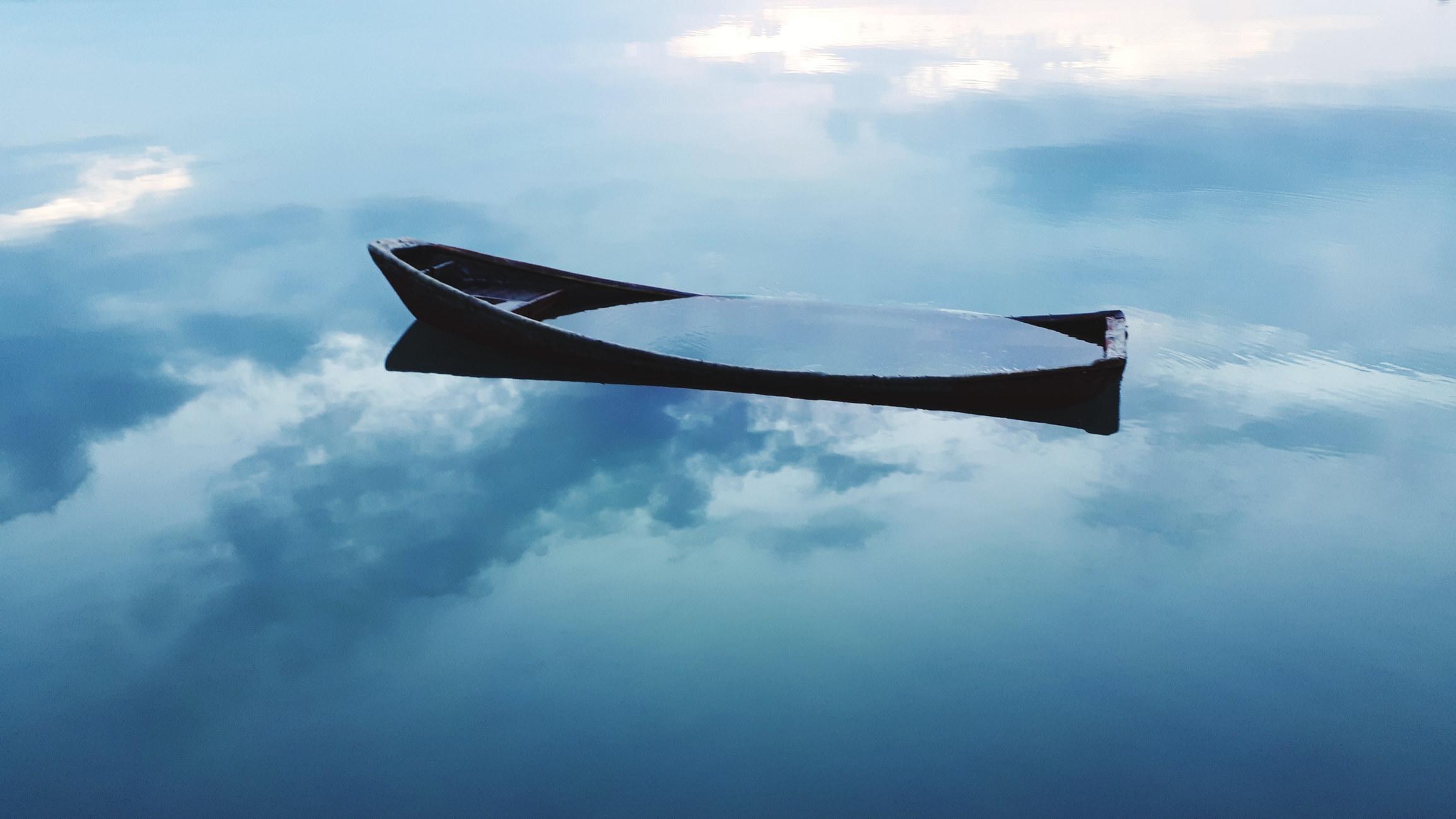 A sinking boat