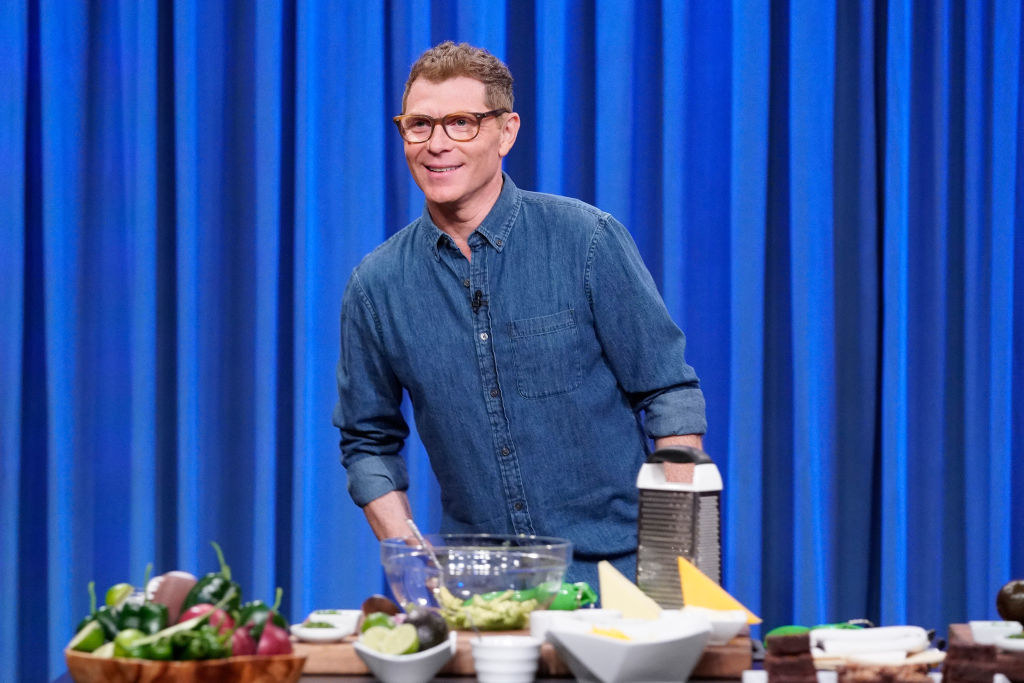 Bobby Flay cooking during a Late Night segment
