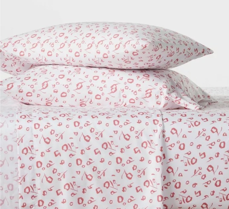 A flowery pattern set of sheets
