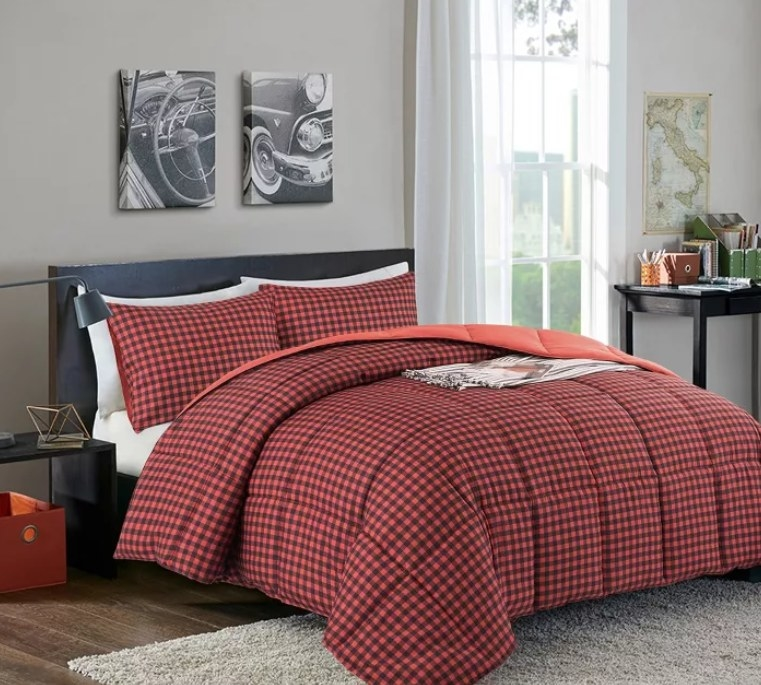 A black-and-red checkered comforter