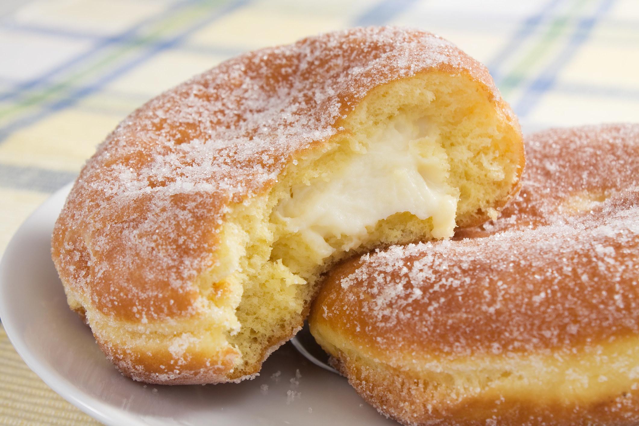 Paczki stuffed with cream.