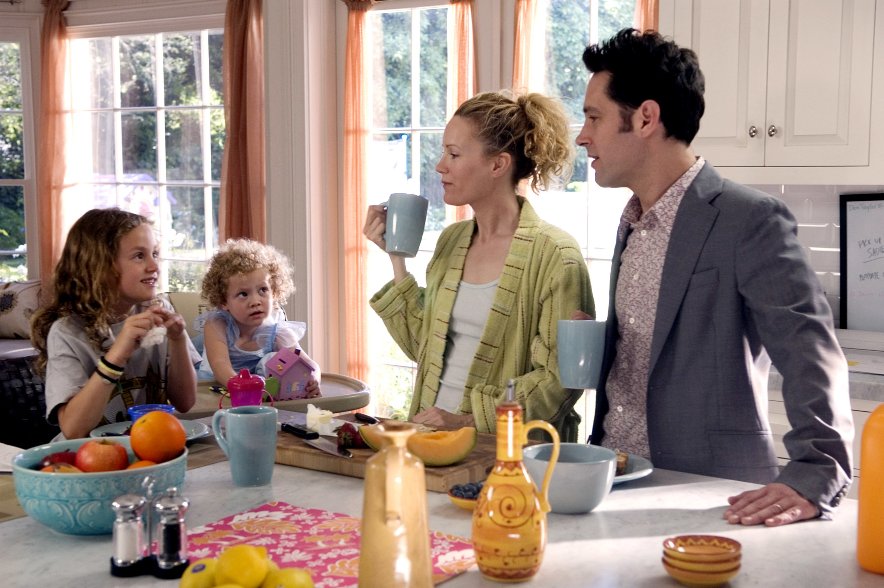 Pete and Debbie have breakfast with their daughters
