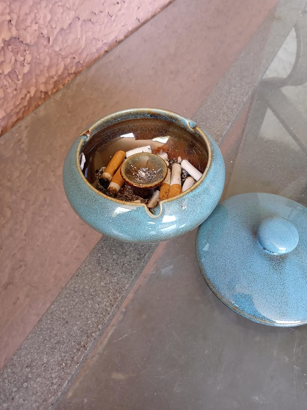 reviewer image of the blue ceramic ash tray and lid