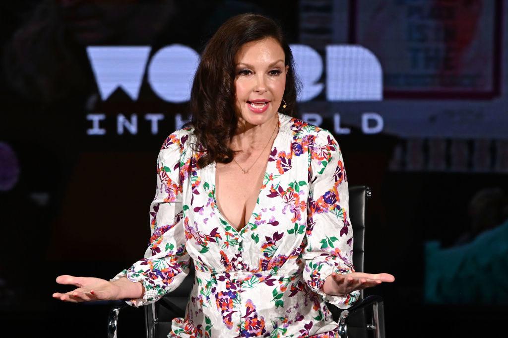 Ashley Judd speaking on stage