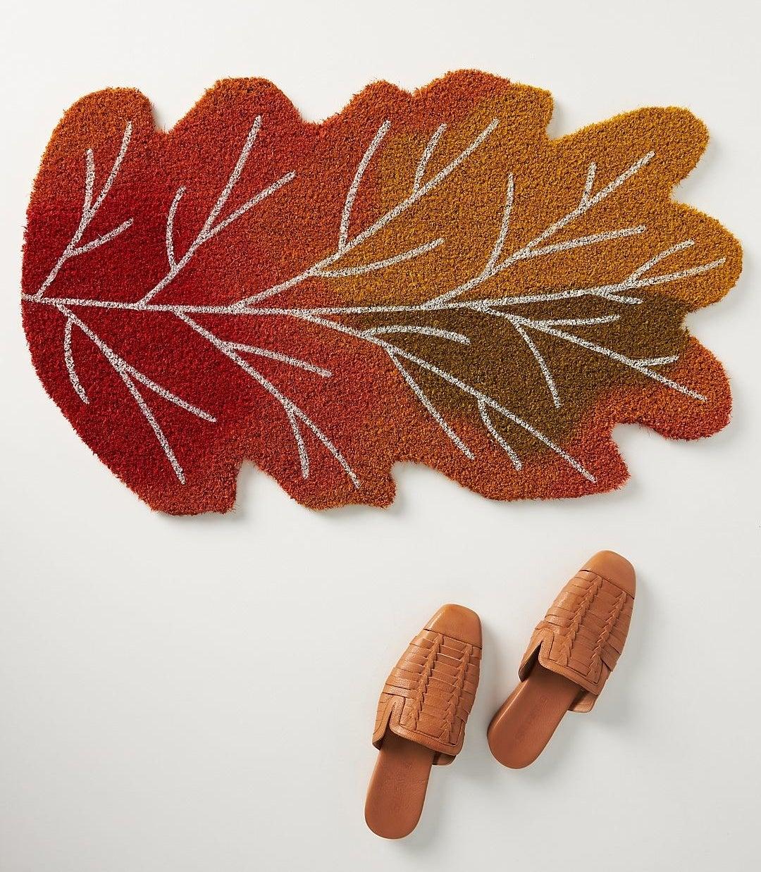 the leaf shaped mat