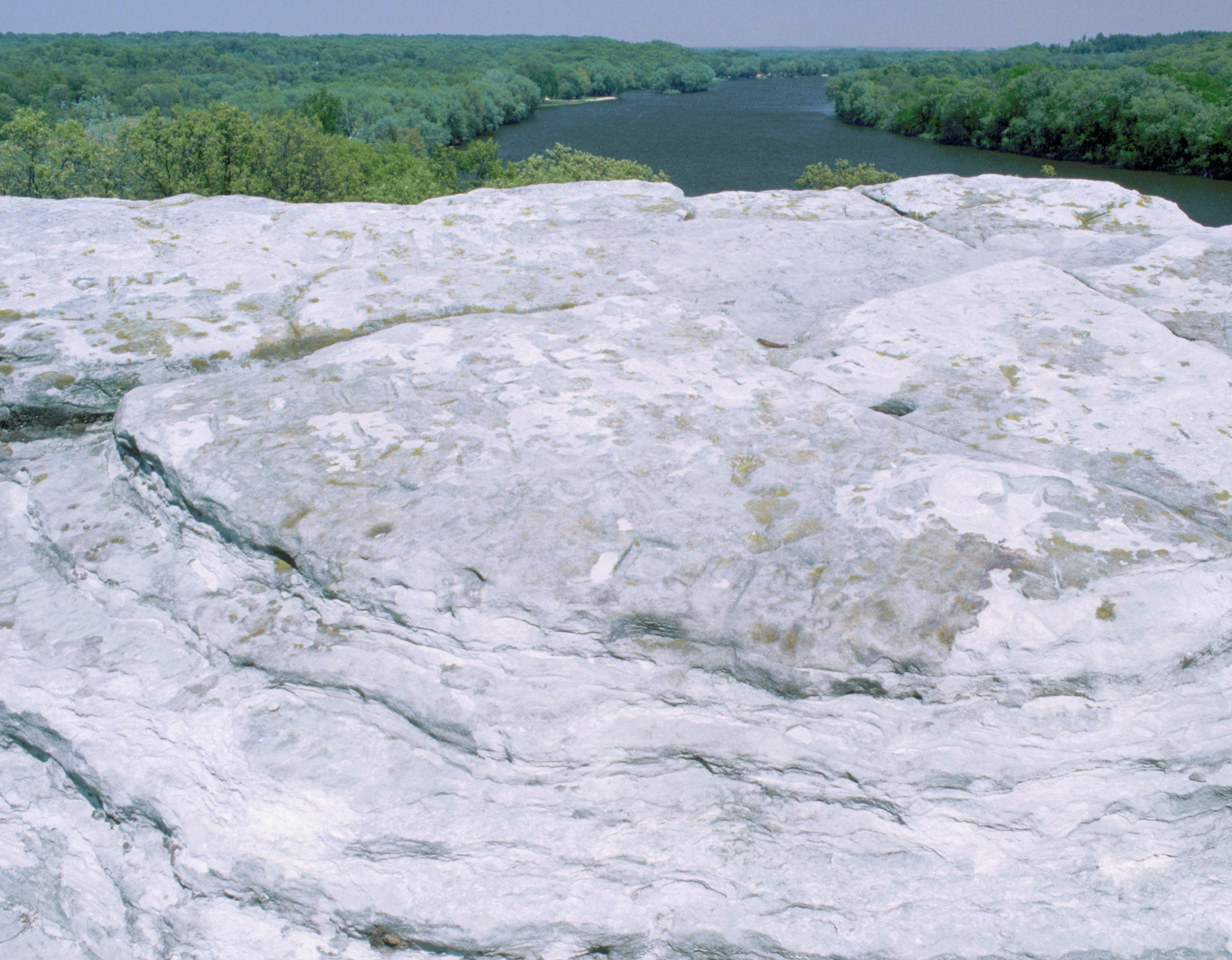 Photo of a rocky overlook at the Castle Rock State Park