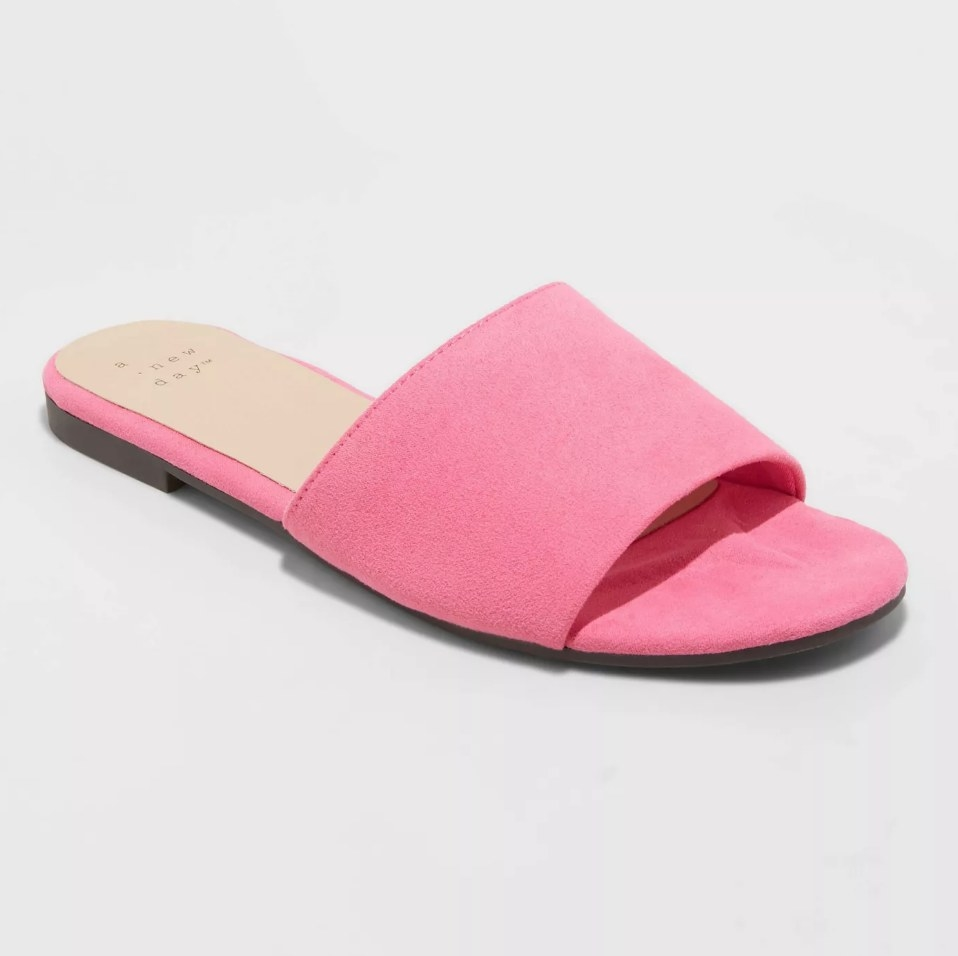 the sandal in pink