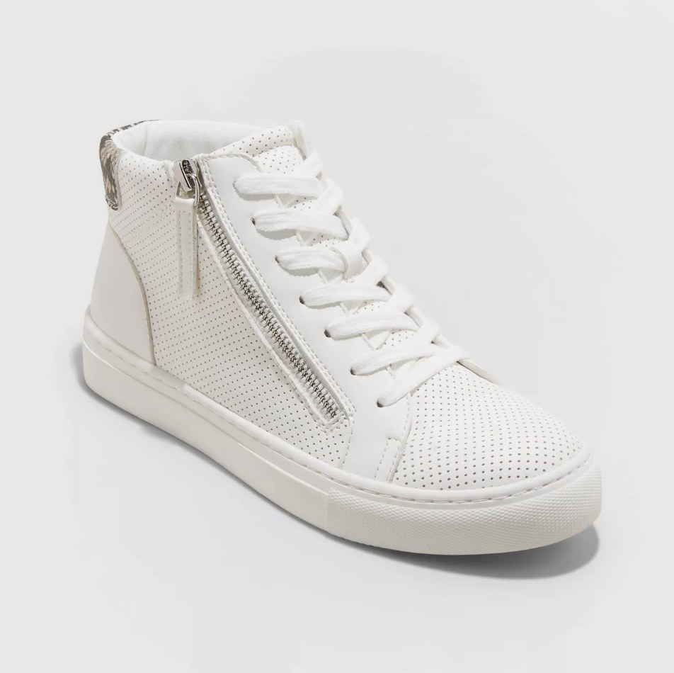 White perforated high-stop sneaker with side zipper