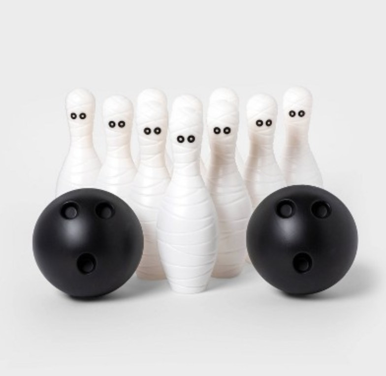 the mummy bowling game