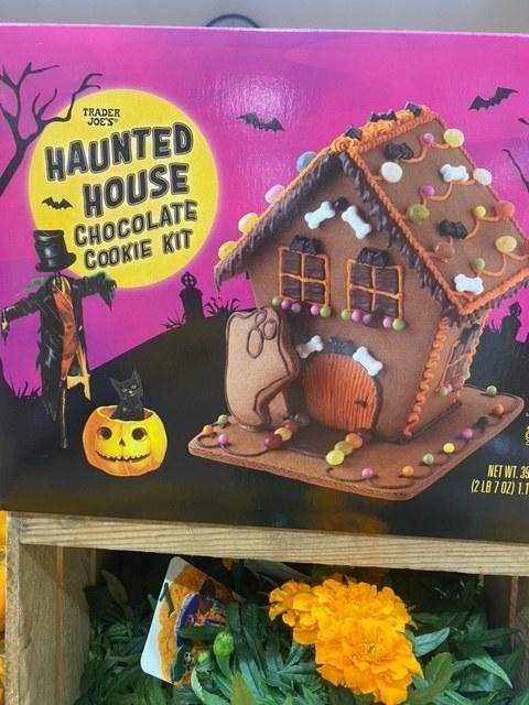 Haunted House Chocolate Cookie Kit