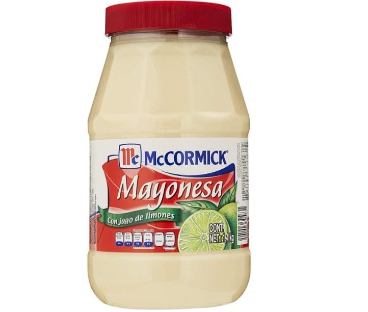 Foto de mayonesa McCormick gigante