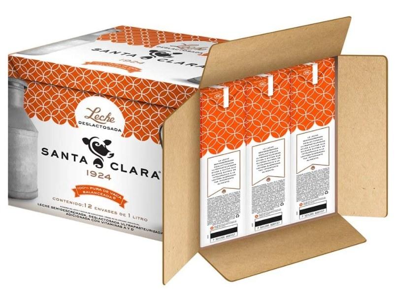 Foto de caja con 12 cartones de leche deslactosada Santa Clara