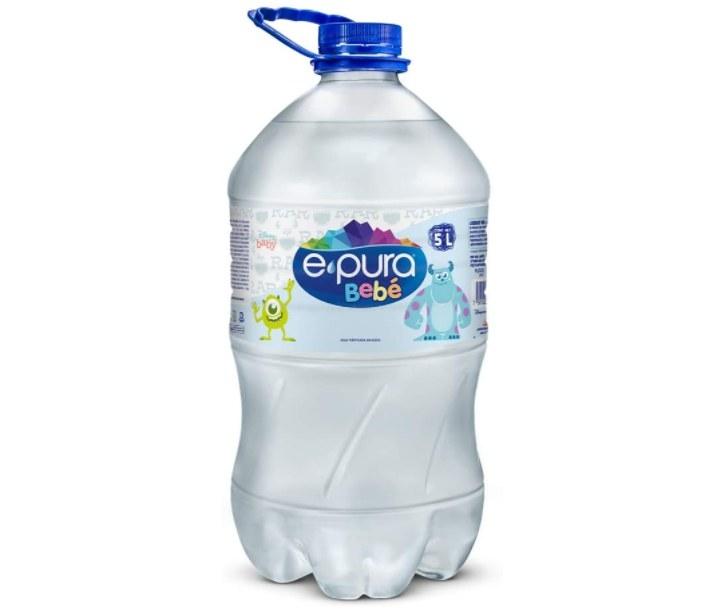 Foto de garrafón de 5 litros con agua para bebé