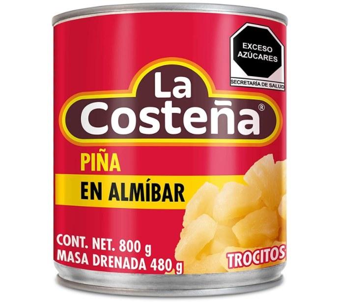 Foto de lata con piñ en almibar de la marca La costeña