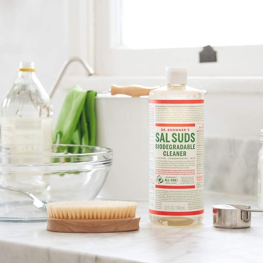 limpiador biodegradable multiusos Dr. Bronner's