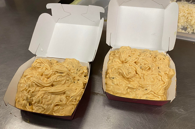 16 Things McDonald's Employees REALLY Hate That Customers Do, And 5 Things They REALLY Love