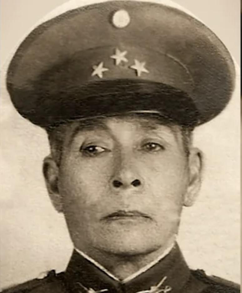 A portrait of Avila in military uniform
