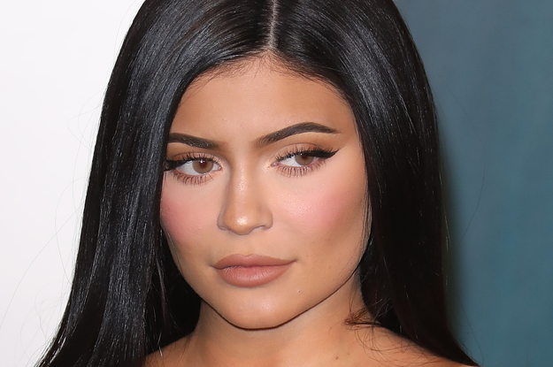 Kylie Jenner Shared A Majestic New Pic Of Her Growing Baby Bump