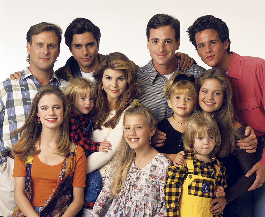Jodie Sweetin with her Full House family