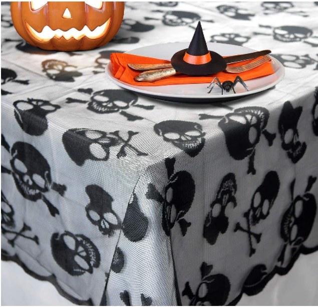 Foto de mantel de fiesta de halloween con diseño de calaveras