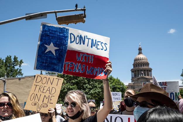 A Texas Healthcare Provider Said Theyve Resumed Abortions — For Now — After A Judge Blocked The States Ban