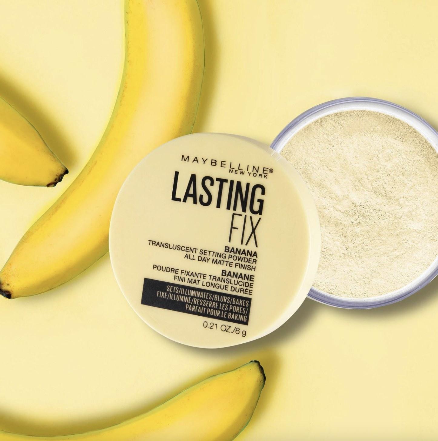 A jar of setting powder with bananas