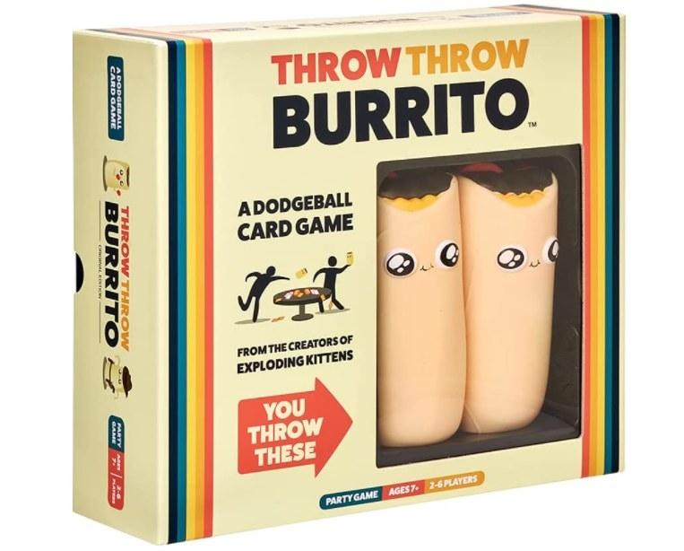 Foto de juego de cartas con dos burritos de peluche incluídos.