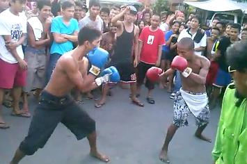 Funny Street Boxing From Drunk Guys