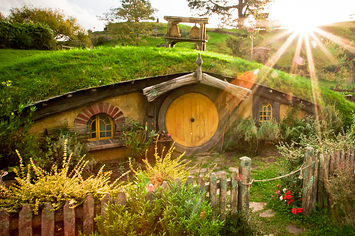This Real Life Hobbit House Is About To Be Bulldozed