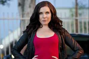 June Diane Raphael as Piper on NTSF:SD:SUV