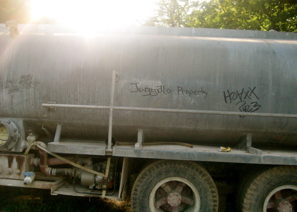 Juggalos tag EVERYTHING.