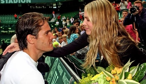 Sara Foster, engaged to Tommy Haas