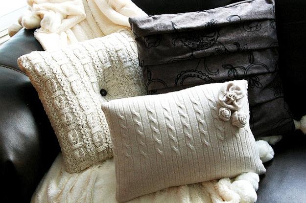 Sweater pillows: