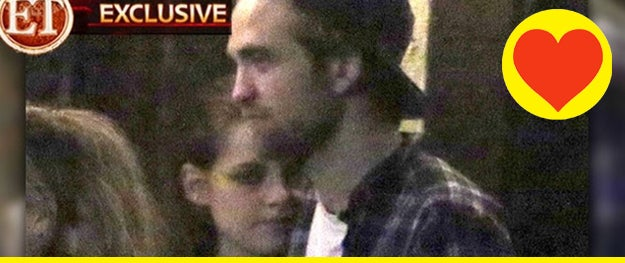 Here's your first definitive proof that K-Stew and Sparkle Vamp are back together. OMFG!!!!!!! Losers.