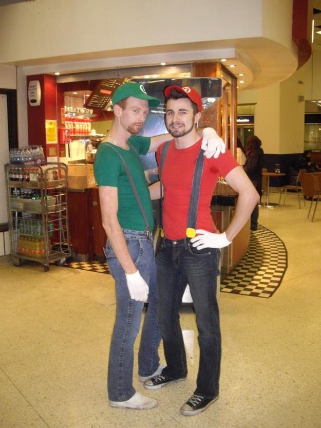 Gay Mario and Luigi