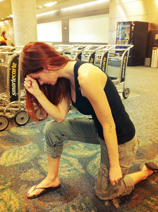 Miss January 2010 Jaime Edmondson Tebowing at the airport.