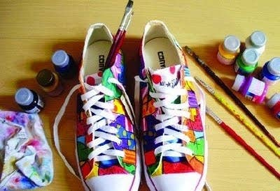 a03f332f1466b6 Take plane white Converse and paint them all over with bold