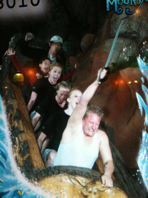 enhanced buzz 32357 1317750804 42 - Great funny splash mountain photos