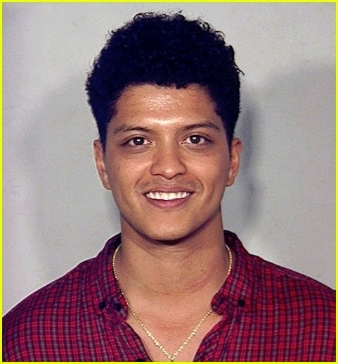 Bruno Mars (probably looking this happy because he's high on cocaine)