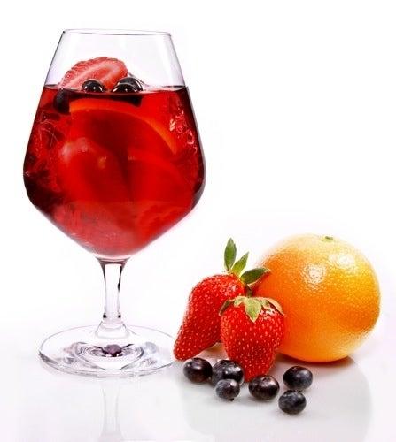 Ingredients:9 oz VeeV Açaí Spirit9 oz red wine9 oz strawberry pureé or pomegranate juice9 oz cranberry juicefresh fruit for garnishInstructions:1. Build in an ice-filled pitcher and stir well.2. Garnish with fresh fruit, serve.