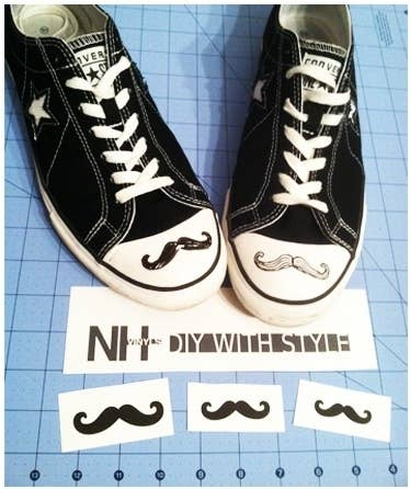 90187219113c 30 DIY Ways To Jazz Up Your Converse Sneakers
