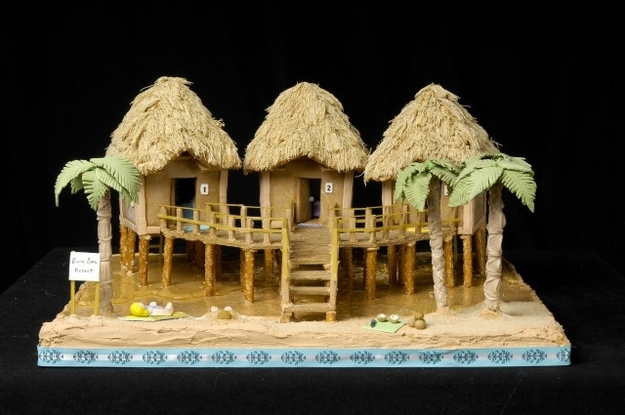 Nice This Tropical Gingerbread Tiki House