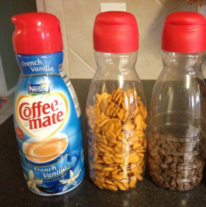 Keep small snacks in coffee creamer containers.
