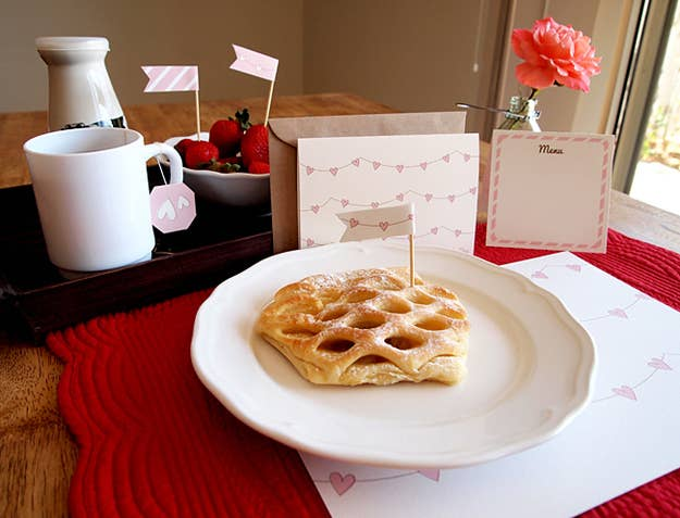 """Get the printables for the tea bag tags, """"do not disturb"""" door hanger, and menu card here."""