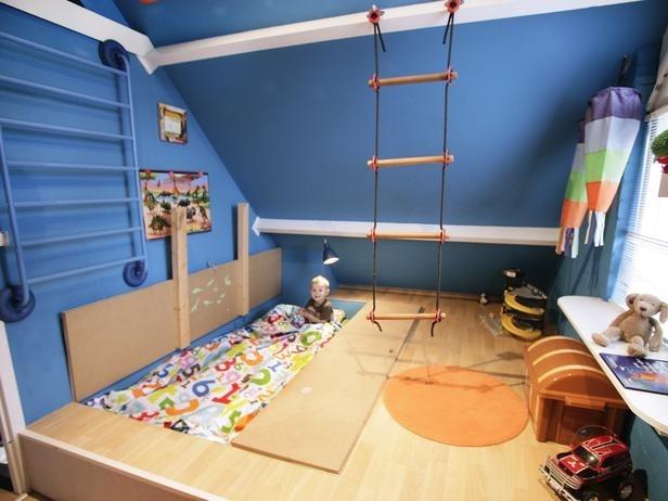 trap door bed