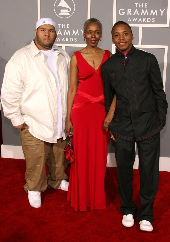 2007 Grammy AwardsLasers... to the heart.