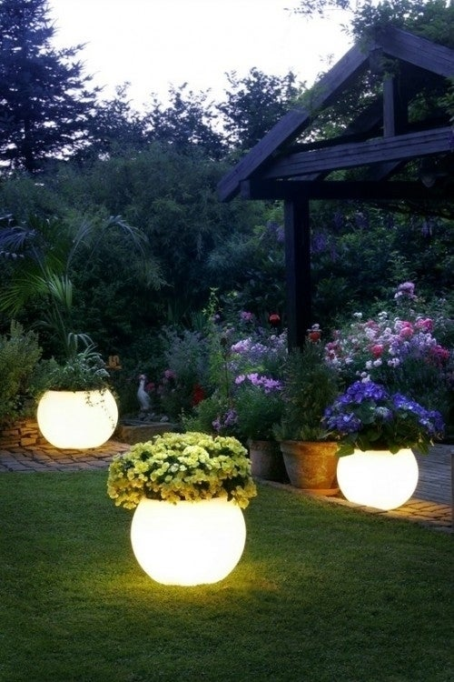 28 outdoor lighting diys to brighten up your summer