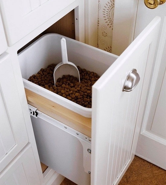 Have an extra kitchen drawer? Use it as a dog food holder.