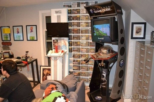 View this image. The 32 Geekiest Bedrooms Of All Time