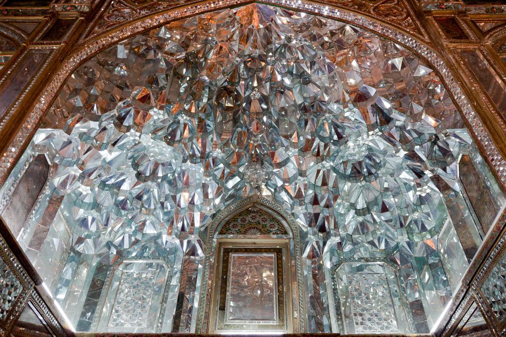 El Salón de los espejos en el Palacio de Golestán, en Irán.